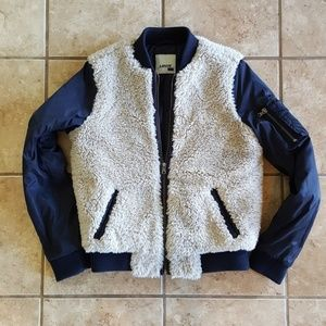 Levi's Sherpa Bomber Jacket. Insulated. Size Small